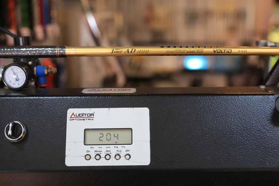Katana Voltio IV Hi Gold 10* ก้าน Tour Ad 400 flex R น้ำหนักก้าน 44.5 กรัม น้ำหนักรวม 283 กรัม CPM 204